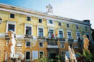 palazzo_delle_aquile_copy.jpg